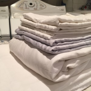 Folded fitted sheet